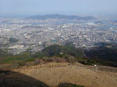 皿倉山山頂から若松方面
